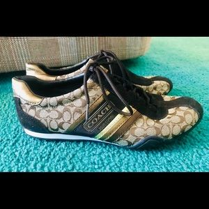 Women's Coach Tennis Shoes Size 7